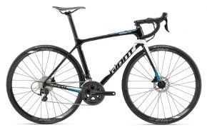 Giant Tcr Advanced 2 Disc Road Bike 2018 - Medium (ex Display) - THIS COMPOSITE FLYER WITH Disc BRAKES DELIVERS PURE PERFORMANCE ON THE ROAD.